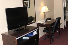 44438_005_Guestroom