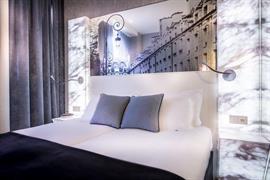 93533_005_Guestroom