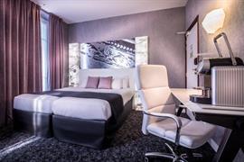 93533_007_Guestroom