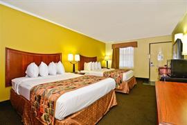 43070_006_Guestroom
