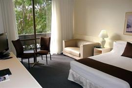 97152_005_Guestroom