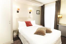 93160_006_Guestroom