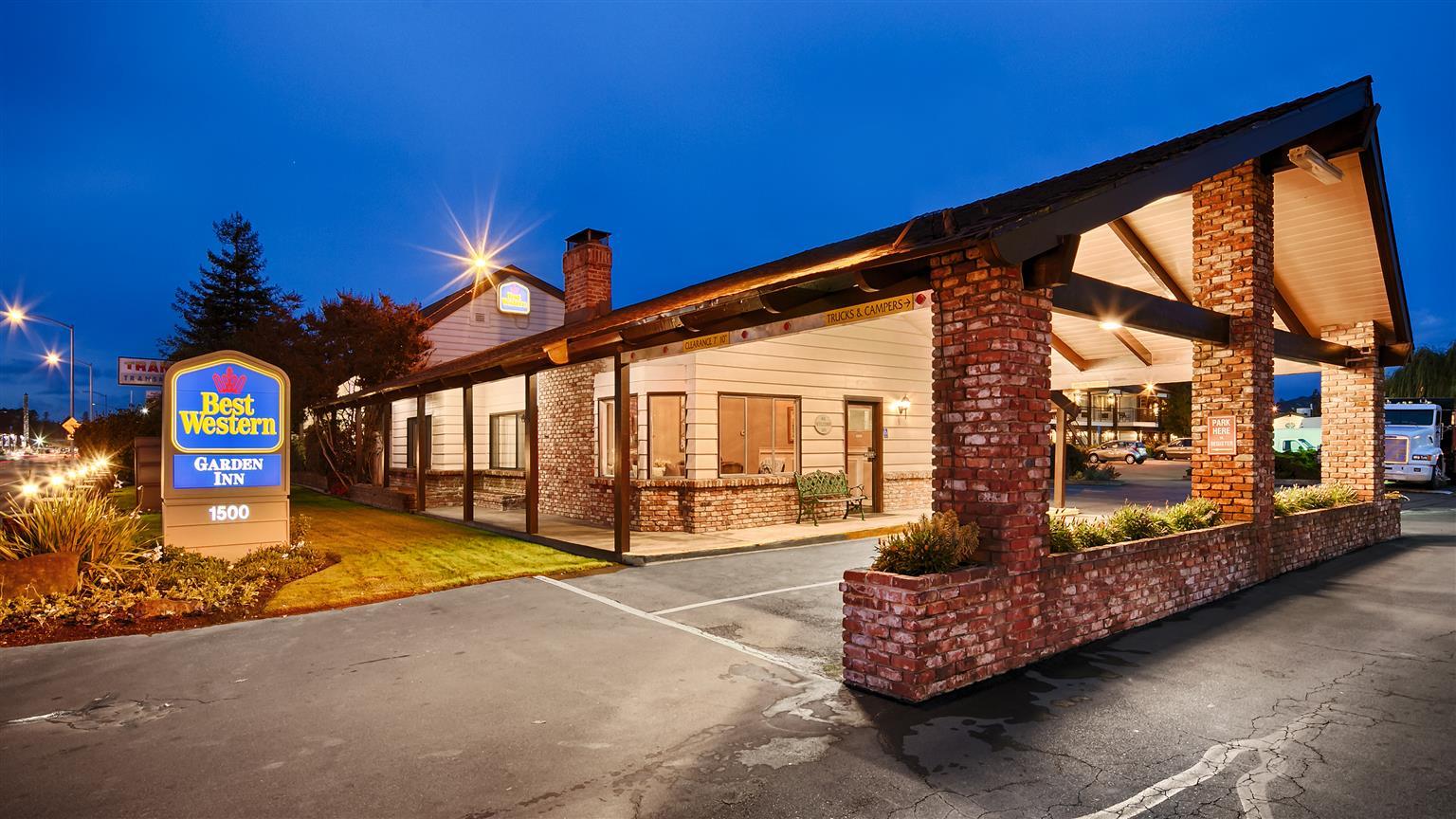 Best Western Garden Inn | Santa Rosa, California