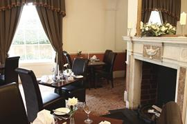 gatehouse-hotel-dining-13-83883-OP