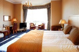 glendower-promenade-hotel-bedrooms-10-83699