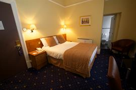 glendower-promenade-hotel-bedrooms-21-83699