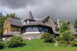 glenspean-lodge-hotel-grounds-and-hotel-02-83455