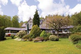 glenspean-lodge-hotel-grounds-and-hotel-04-83455
