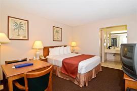 05650_006_Guestroom