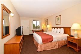 05650_007_Guestroom