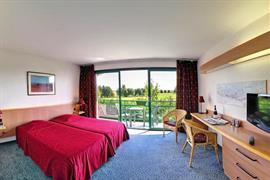 93649_004_Guestroom
