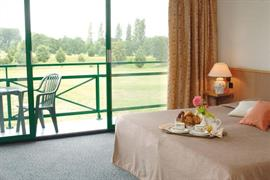 93649_005_Guestroom