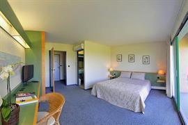 93649_006_Guestroom