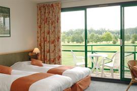 93649_007_Guestroom