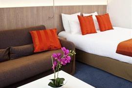93733_006_Guestroom