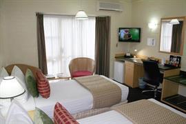 90938_003_Guestroom