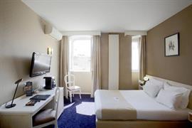 93281_006_Guestroom