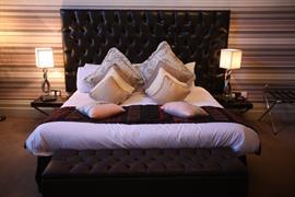 grand-hotel-bedrooms-02-83895