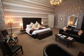 grand-hotel-bedrooms-03-83895