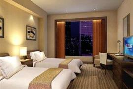 78641_002_Guestroom