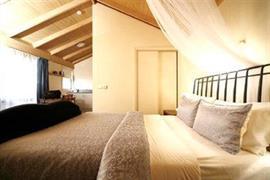 97121_002_Guestroom