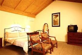 97121_004_Guestroom