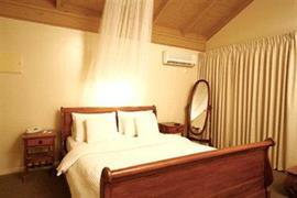 97121_006_Guestroom