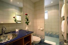 95204_003_Guestroom
