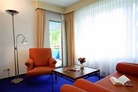 95204_006_Guestroom