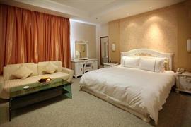 78642_007_Guestroom