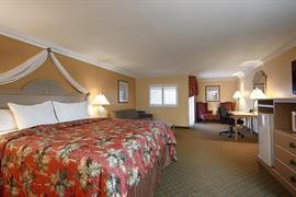 05672_007_Guestroom