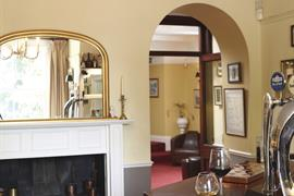 henbury-lodge-hotel-dining-03-83915-OP