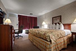 37056_005_Guestroom