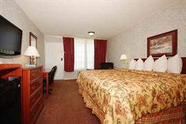 37056_006_Guestroom
