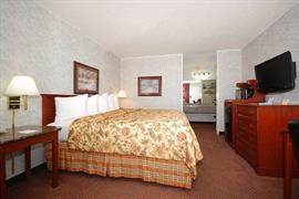 37056_007_Guestroom