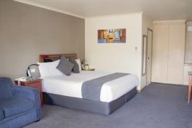 90789_004_Guestroom