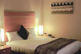 90789_007_Guestroom