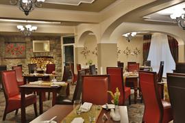 heronston-hotel-dining-11-83481