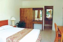 82003_004_Guestroom