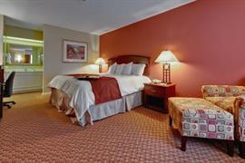 34163_006_Guestroom