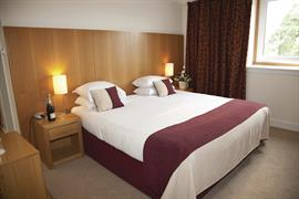 hilcroft-hotel-bedrooms-04-83482
