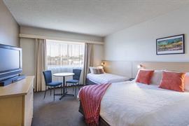 97434_006_Guestroom