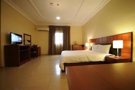 75403_004_Guestroom