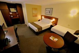 90903_003_Guestroom