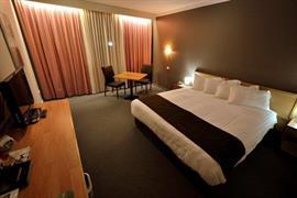90903_004_Guestroom