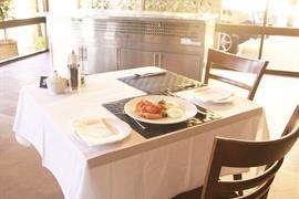 90903_007_Restaurant