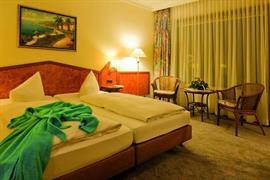 95066_003_Guestroom