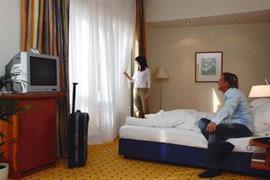 95364_007_Guestroom