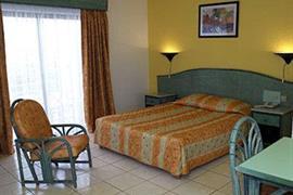 93468_006_Guestroom