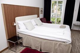 88171_006_Guestroom